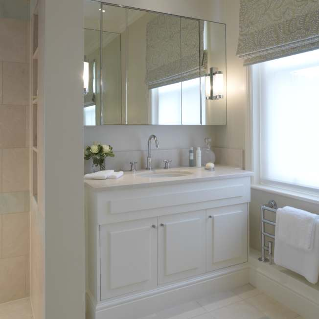 Comfortable bathroom designed by Meltons