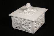 Versaille Lidded Box