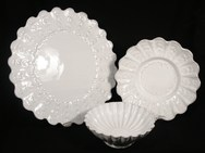 Scalloped Edge Plate and Bowls