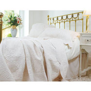 Cream or White Quilt Bedspread